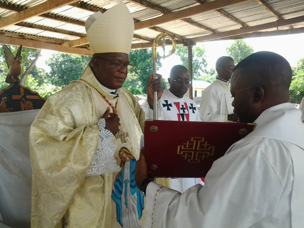 Messe de confirmation  a la cathédrale St Kizito !
