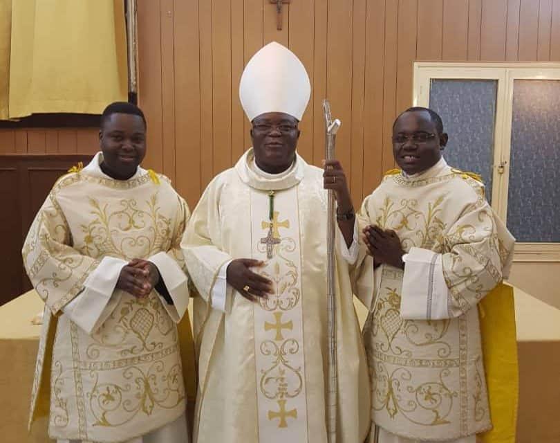 Le Diocèse d'Idiofa offre deux de ses fils à la Congrégation des pères Minimes!