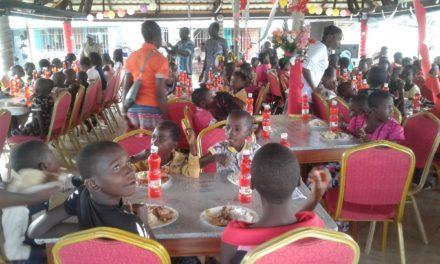 La Caritas Idiofa et la Fondation Mgr Moko aux cotés de l'Enfance Missionnaire !