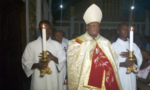 Dieu a fait de nous, une nation sainte… un sacerdoce royal !