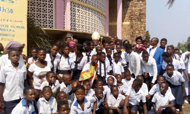 Lakas et Mukoko clôturent la tournée pastorale dans le doyenné de Mwilambongo !