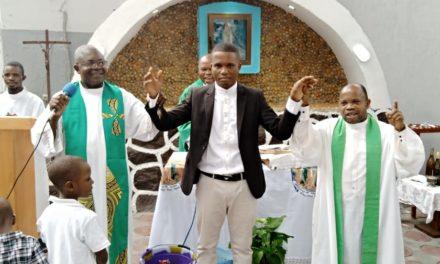 Décret portant admission des séminaristes