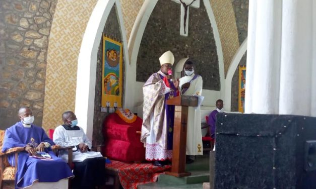 Tournée pastorale: Mgr José Mokoannonce les préparatifs de 90 ans de la présence oblate dans le diocèse d'Idiofa!